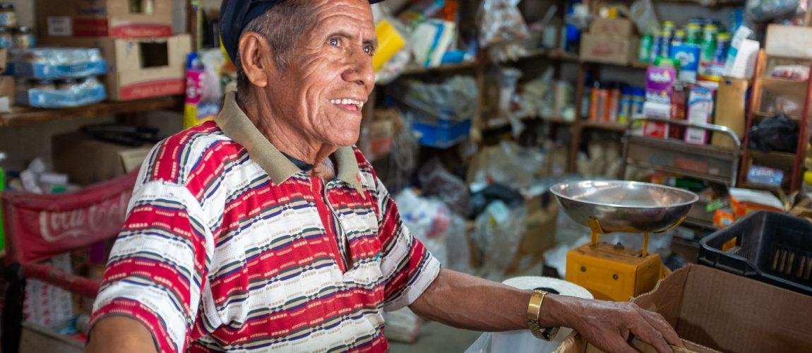Don Francisco, dueño de una tienda en el centro de el campamento. Nueva Libertad (El Colorado) 2019